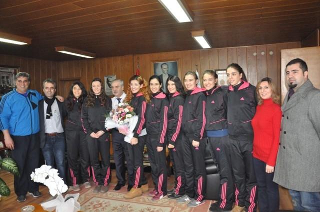 Keşan Gençlik Kulübü'nden Mehmet Özcan'a ziyaret