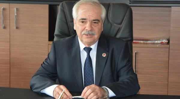 Özcan, 24 Kasım Öğretmenler Günü'nü kutladı